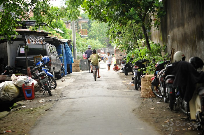 Street in Denpasar, near our Kos (home stay)